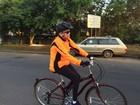 Dilma pedala pela orla do Guaíba na manhã de domingo em Porto Alegre