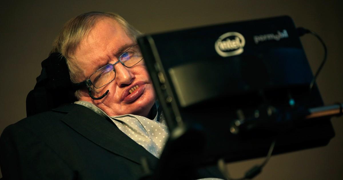 Stephen Hawking prevê desastre provocado pelo homem e abandono da Terra