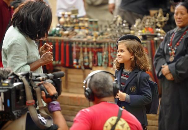 Glória Maria viajou ao Nepal, onde conversou com Mel Maia no set de gravação de Joia Rara, novela da Globo das 6 (Foto: Renato Rocha Miranda/Globo)