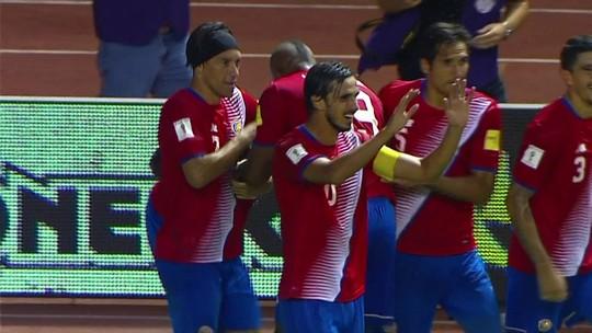 Costa Rica goleia Estados Unidos e dispara na liderança da Concacaf