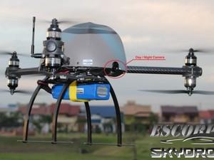 MiniDrones da SkyDrone pesam entre 300g a 4 quilos. Todo desenvolvimento da aeronave, desde a parte física até a programação, é feita pela empresa (Foto: Arquivo Pessoal)