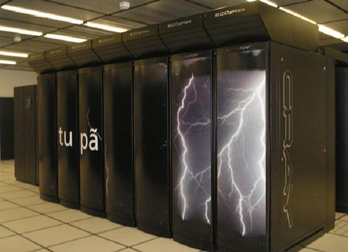 Supercomputador Tupã, instalado em prédio do Inpe no interior de São Paulo (Foto: Divulgação)