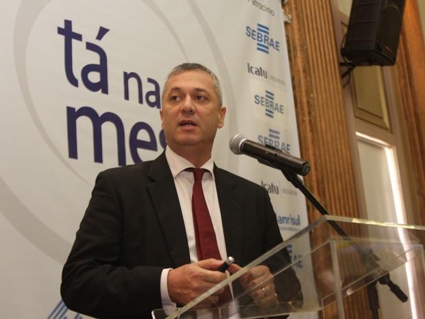 Advogado-geral da União, Fábio Medina Osório palestra em Porto Alegre (RS) (Foto: Ivan Andrade/Divulgação)