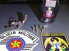 Dois homens são presos com armas em Taubaté, SP