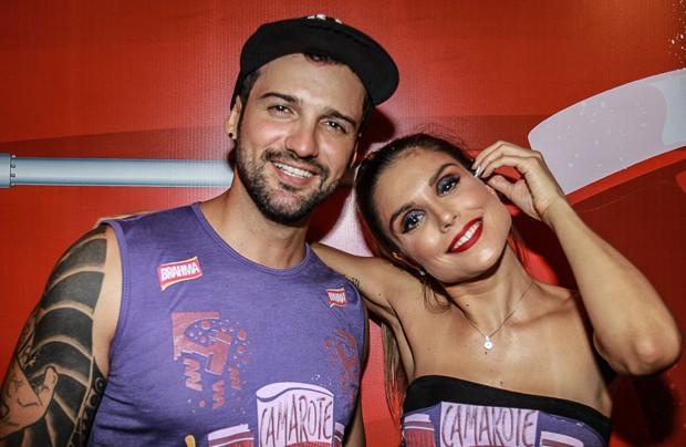 Flávia Viana e Fernando Justin (Foto: Raphael Castello/Ed.Globo)