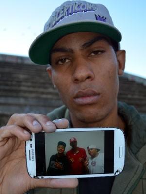 DJ Magrelo faz homenagem ao MC Daleste, em Campinas (Foto: Fernando Pacífico / G1 Campinas)