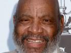 Morre James Avery aos 65 anos, diz site