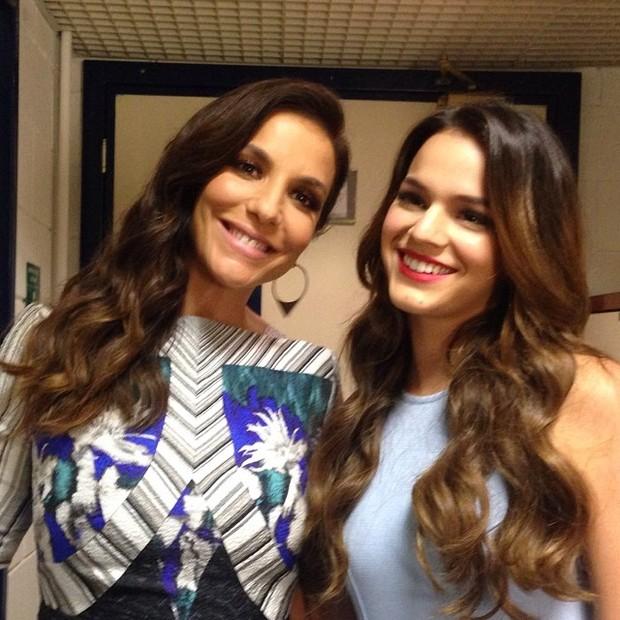 Ivete Sangalo e Bruna Marquezine nos bastidores do Superstar (Foto: Reprodução/Instagram)