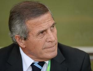 Oscar Tabarez, Brasil x Uruguai (Foto: Marcos Ribolli)