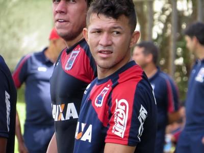 Rossi Atacante do Paraná Clube (Foto: Fernando Freire)