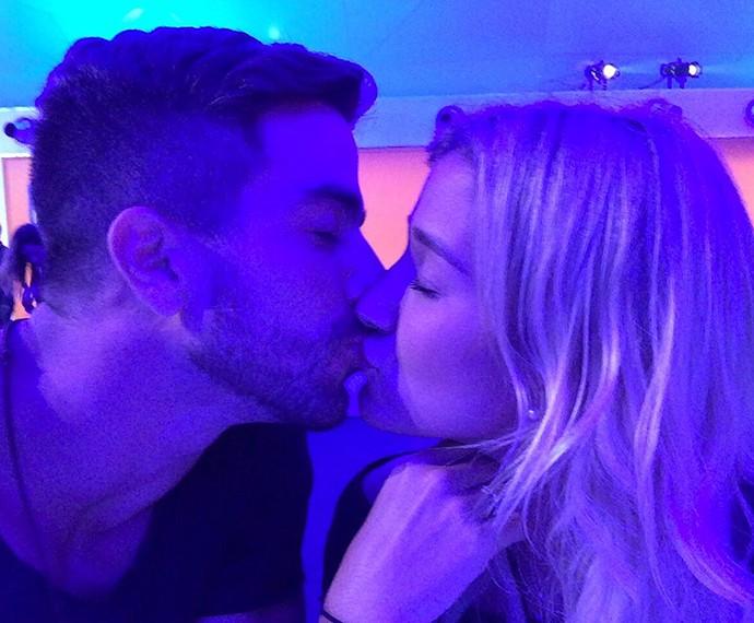O amor está no ar!  Pugliesi e o namorado Erasco Viana (Foto: Arquivo Pessoal)