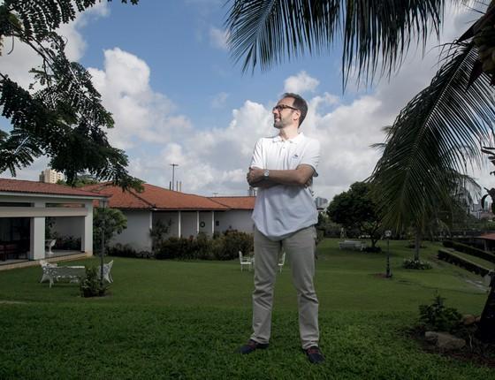 o potiguar Roberto Medeiros,de 42 anos  (Foto: Pablo Pinheiro/ÉPOCA)