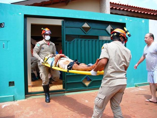 Vítima foi ferida por manilha em Bataguassu (Foto: Tiago Apolinário / Da Hora Bataguassu)