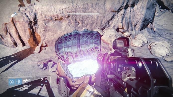 Colete baús após terminar a missão (Foto: Reprodução/Thiago Barros)