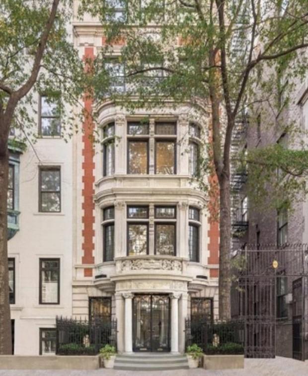 A mansão possui sete quartos e já foi lar do cantor Michael Jackson  (Foto: Reprodução/Yes To Love)