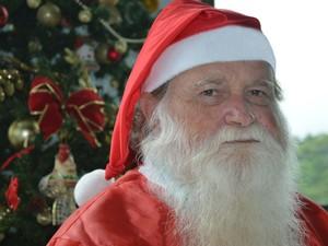 Há mais de 20 anos Valdevino se apresenta como Papai Noel (Foto: Fundação Pró-Rim/Divulgação)