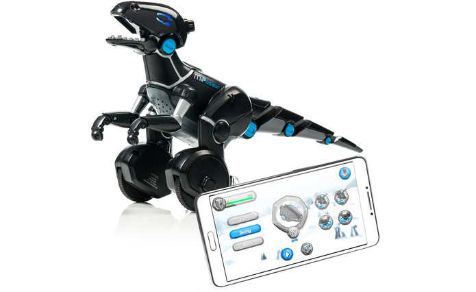 Robô permite integração com iTunes para dançar com músicas da biblioteca (Foto: Divulgação/WowWee)