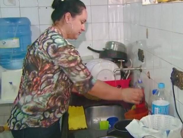 Diarista do site Vou Varrendo de Limeira (Foto: Reprodução/EPTV)