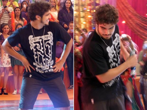 O ator manda bem nos passinhos da dança (Foto: Esquenta/TV Globo)
