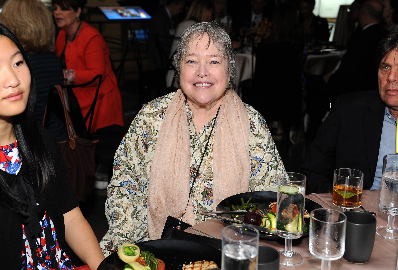 A atriz sobreviveu a dois cânceres, um de ovário em 2003 e outro de mama em 2012. (Foto: Getty Images)