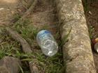 Turistas deixam lixo nas cachoeiras de Itatiaia, RJ