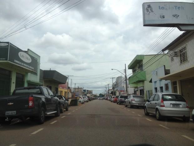 Avenida Dom Pedro II em Porto Velho (Foto: Ísis Capistrano/G1)