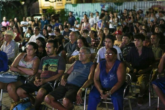 Público prestigiou o lançamento do videoclipe da Cabocrioulo (Foto: Michael Dantas)