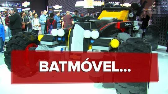 VÍDEO: veja como foi construído o Batmóvel de Lego em tamanho real
