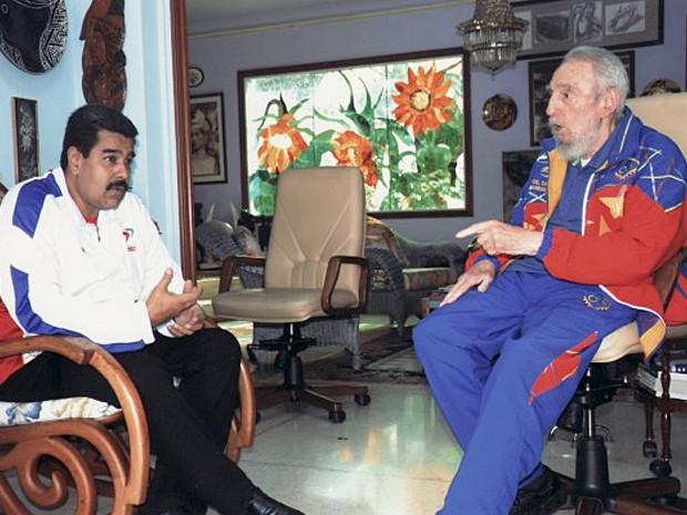 Maduro e Fidel Castro durante encontro em Cuba nesta semana (Foto: Divulgação/Site oficial CubaDebate)