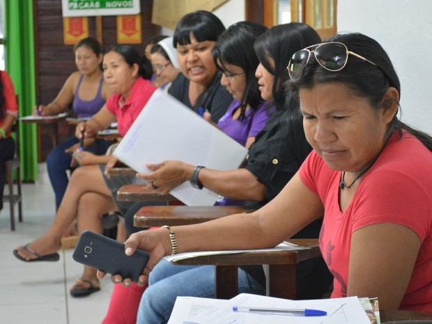 Mulheres participam do encontro indígena em Porto Velho (Foto: Matheus Henrique/ G1)