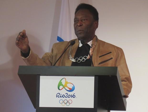 BLOG: Pelé vem ao Rio para finais do futebol e cerimônia de encerramento