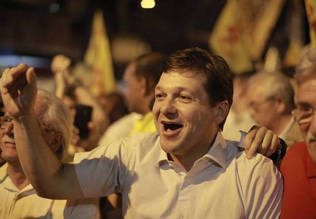 O candidato do PSB à Prefeitura do Recife, Geraldo Julio, lidera as pesquisas (Foto: Reprodução/Facebook)