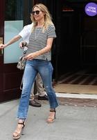 Look do dia: Heidi Klum dispensa a maquiagem e aposta em visual básico