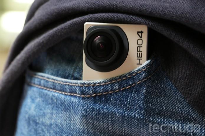 GoPro cabe em qualquer bolso e é ideal para levar em viagens (Foto: Luciana Maline/TechTudo) (Foto: GoPro cabe em qualquer bolso e é ideal para levar em viagens (Foto: Luciana Maline/TechTudo))