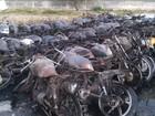 Incêndio atinge mais de 100 motos no pátio da delegacia de Águas Belas, PE