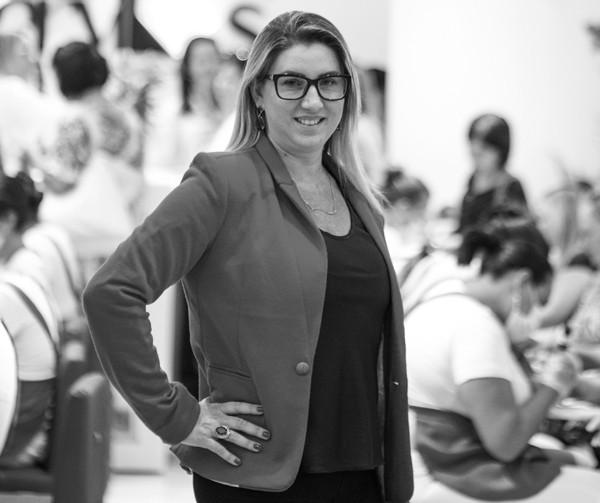 Luzia Costa, fundadora do Grupo Sóbrancelhas  (Foto: Edgard Pacheco)