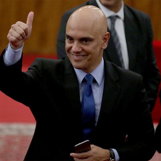 O ministro da Justiça e Cidadania, Alexandre de Moraes, participa da posse do presidente do TSE, Gilmar Mendes (Foto: Fabio Rodrigues Pozzebom/Agência Brasil)
