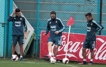 Quatro por um: sem Messi, Argentina enfrenta o Peru com ataque reforçado