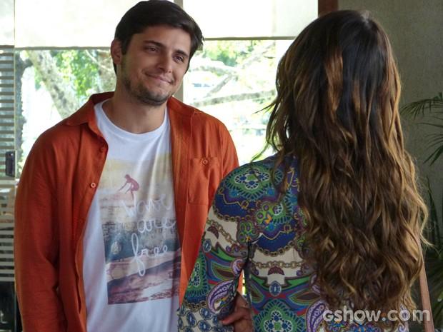 André desmente romance com Bárbara (Foto: Em Família/ TV Globo)