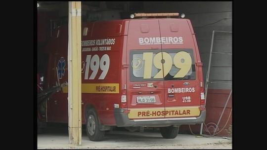 Bombeiros voluntários suspendem atendimentos em três cidades de SC
