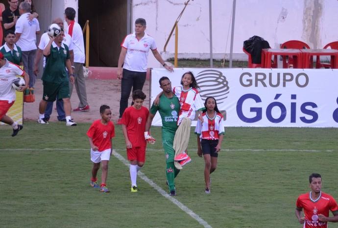 Bruno entra em campo Boa (Foto: Regis Melo)