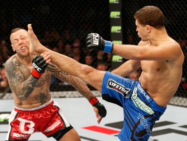 Al Iaquinta x Ross Pearson UFC (Foto: Getty)