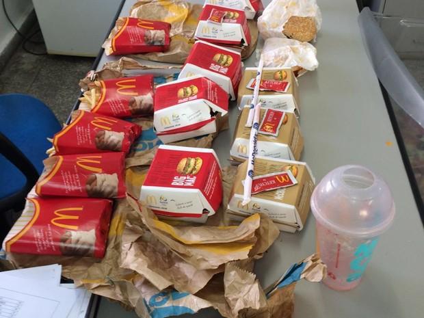 Lanches de rede de fast food foram barrados em Bangu (Foto: Divulgação)