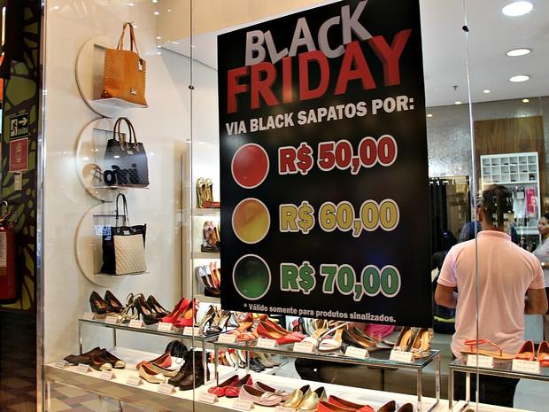 8baf5c366 G1 - Shoppings e lojas online fazem Black Friday no AM a partir ...