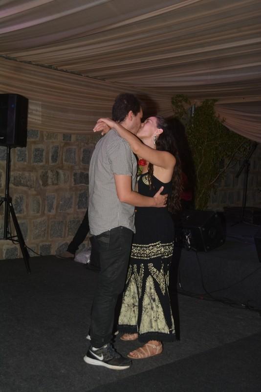 Adriana Birolli com o noivo Alexandre Cotin (Foto:  Felipe Souto Maior/AgNews)
