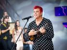 Lulu Santos rebate críticas ao cabelo vermelho exibido na final do 'BBB 17'