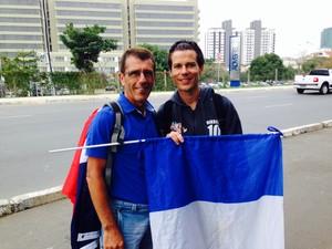 Franceses vieram de Nantes para curtir a Copa no Brasil (Foto: Caetanno Freitas/G1)