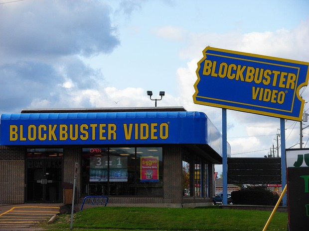 A última loja da rede Blockbuster fechou as portas em 2013 (Foto: Stu pendousmat/Creative Commons)