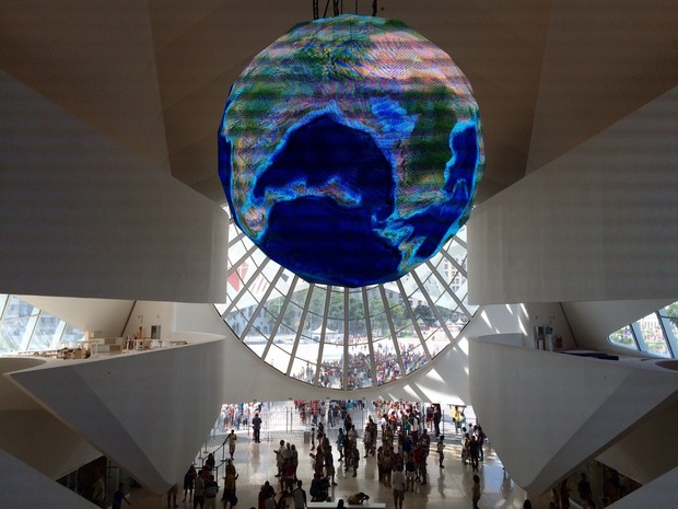 Museu foi aberto ao público às 10h deste sábado (19) (Foto: Lívia Torres / G1)