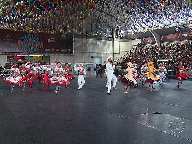 Quadrilha Sanfonear, de Afogados da Ingazeira, Pernambuco (Foto: Reprodução / TV Globo)